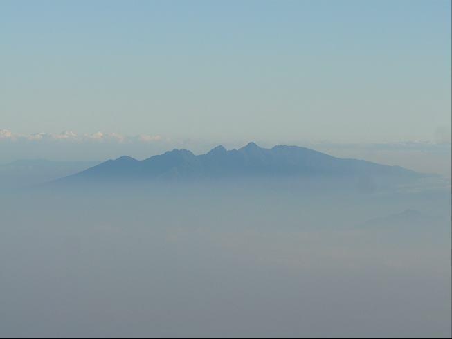 山頂からの八ヶ岳
