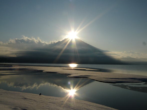 冬こそ山中湖! 紅富士&ダイヤモンド富士の季節です。