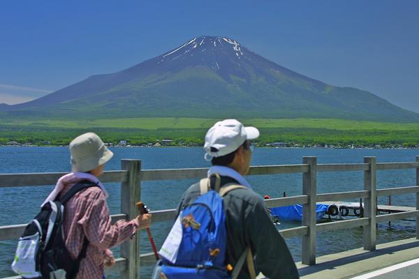 富士・山中湖ぐるりんウオーク